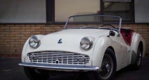 Triumph TR3 à vendre Osenat