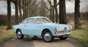 Alfa Romeo Giulietta Sprint front