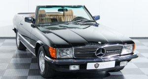 Dream Garage Mercedes 500 SL (German)