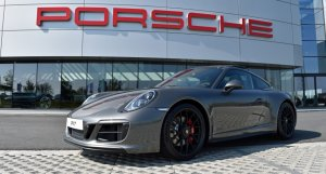 Approved RS Motors Porsche Centre West Vlaanderen Belgium Belgique Belgie