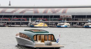 waterdream venetian tender  venetian taxi boat