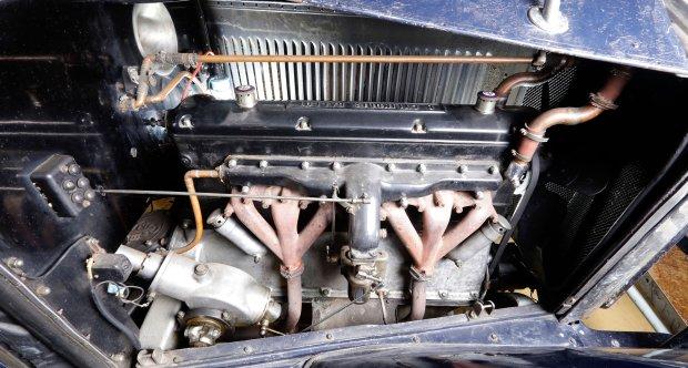 Ballot 8 cylindres RH3 Osenat