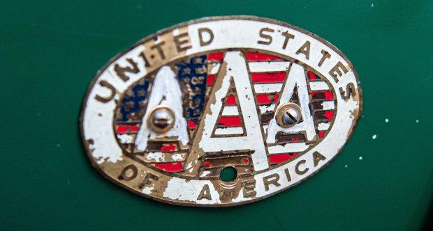 Austin Healey badge