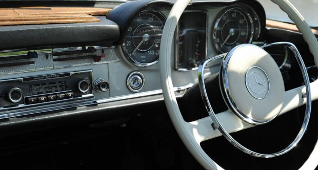 1967 Mercedes Benz 250 SL Pagoda manual for sale