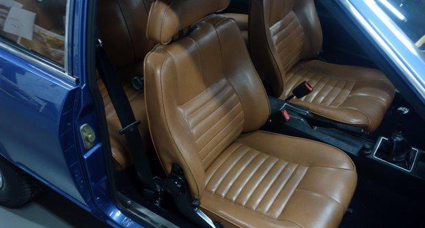 Alfa Romeo Alfetta GT interior