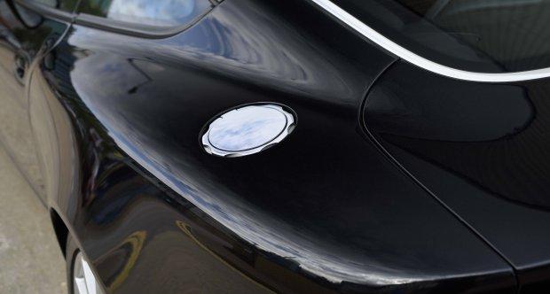 2005 Aston Martin Vanquish 2+2 S (RHD)