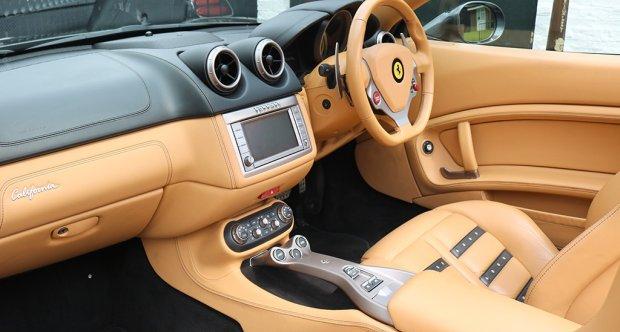 2010 Ferrari California | Classic Driver Market