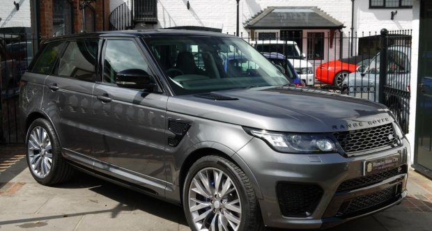https://www.classicdriver.com/sites/default/files/styles/two_third_slider/public/cars_images/range_rover_sport_grey_2.jpg?itok=Pg4JJDsx