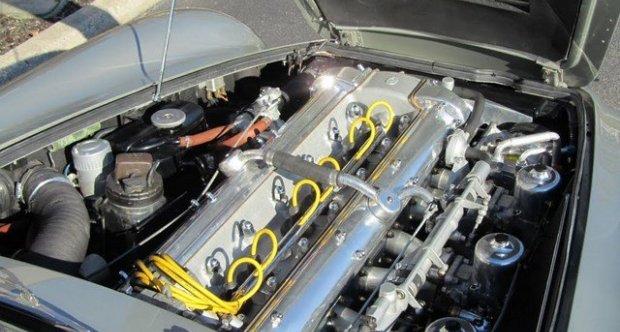 Aston Martin DB5 Coupe 1965