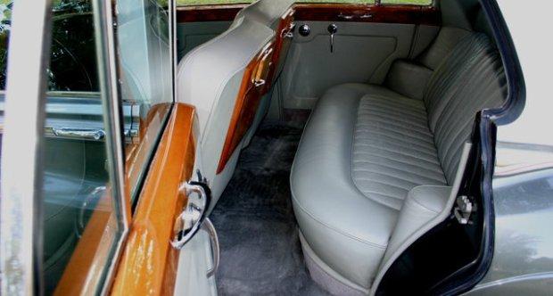 Rolls-Royce Silver Cloud II Standard Sedan - LSZD165 1962