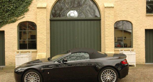Aston Martin V8 Vantage 4.7 Roadster Sportshift 2009