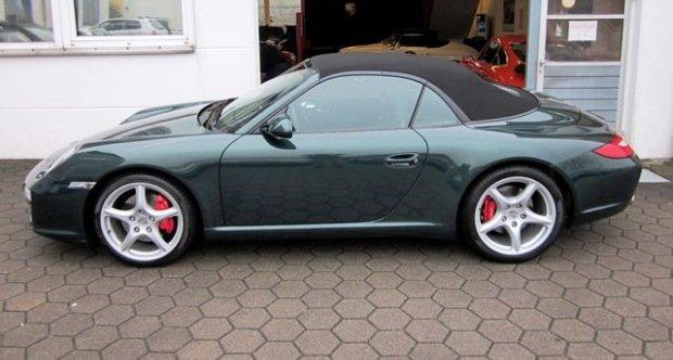 Porsche 911 / 997 Carrera   S Cabrio,1.Hand,racinggreenmet. 2009