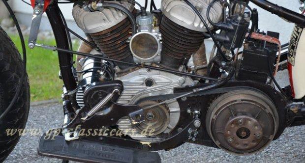 Harley Davidson WLA racer 1942