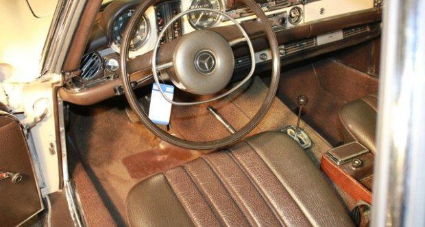 Mercedes-Benz SL Pagode (W113) 1971