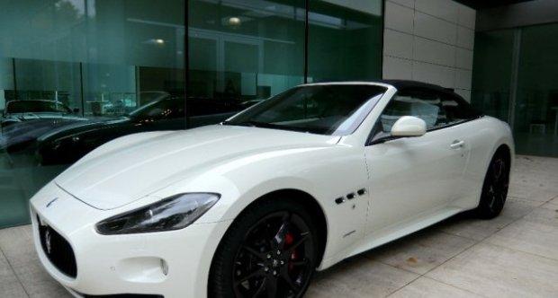 Maserati GranCabrio  Sport Bianco / Bianco MC-ShiftGearbox 2012