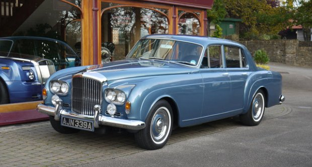 Bentley S3  Continental Flying Spur by H.J. Mulliner 1962