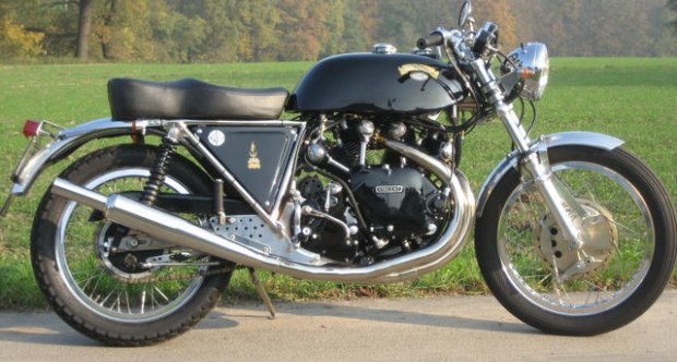 Vincent Black Shadow 1968