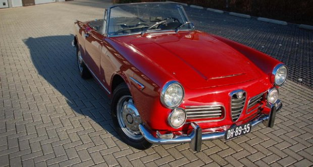 Alfa Romeo 2600 Touring Spider 1963
