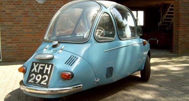 Heinkel Kabinenroller 1958