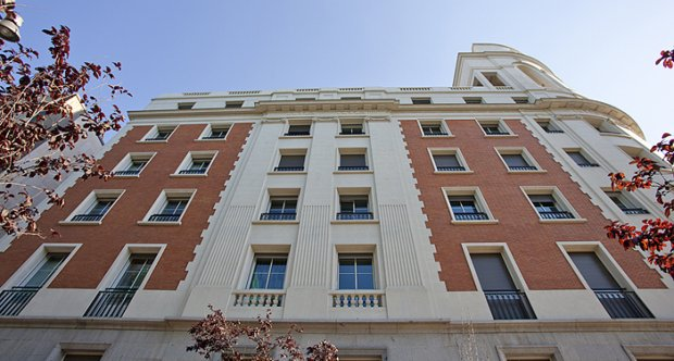 Luxury apartment in recoletos madrid classic driver market for Madrid luxury real estate