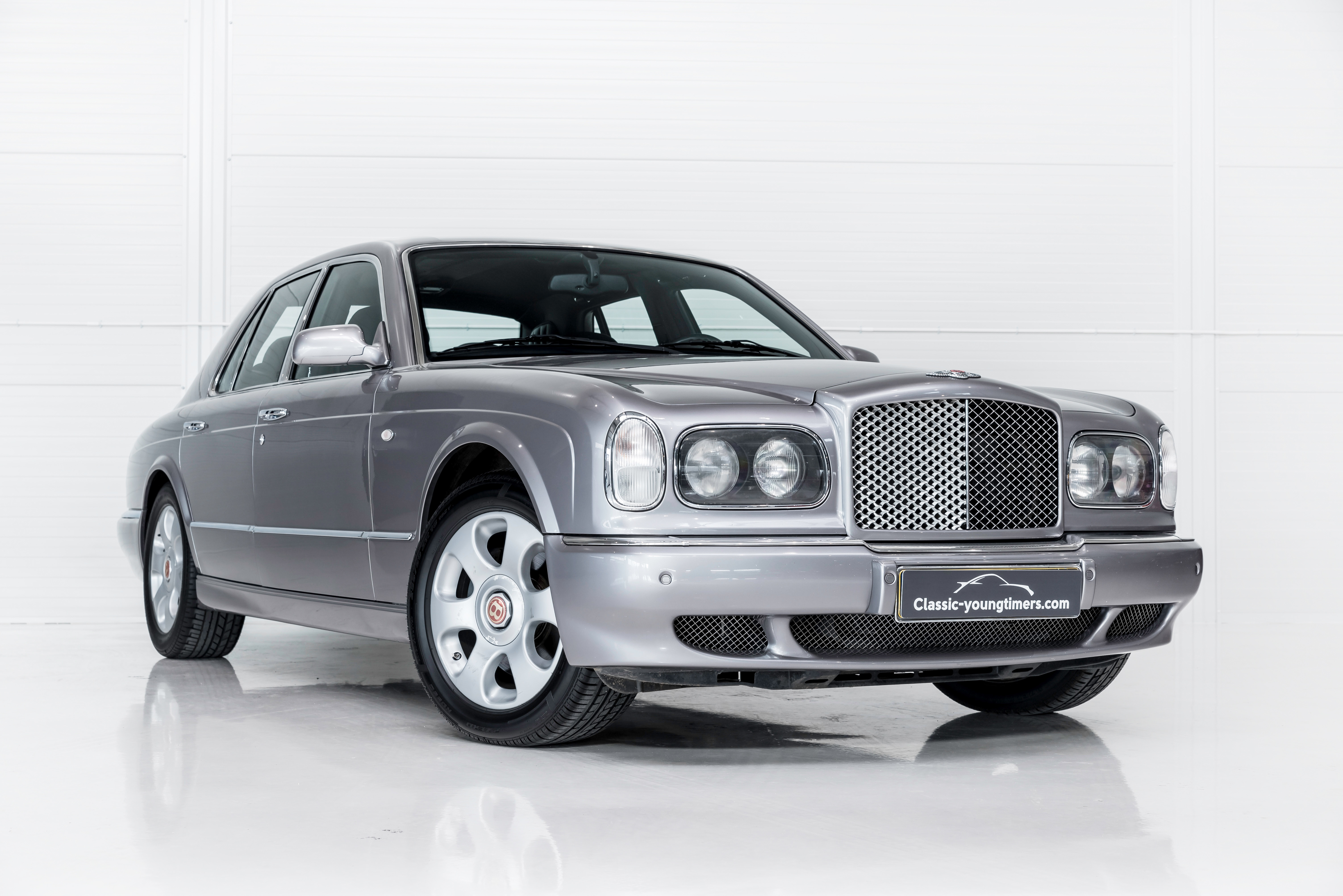 convertible auto to car arnage sale azure return express for bentley coupe brooklands used and photo