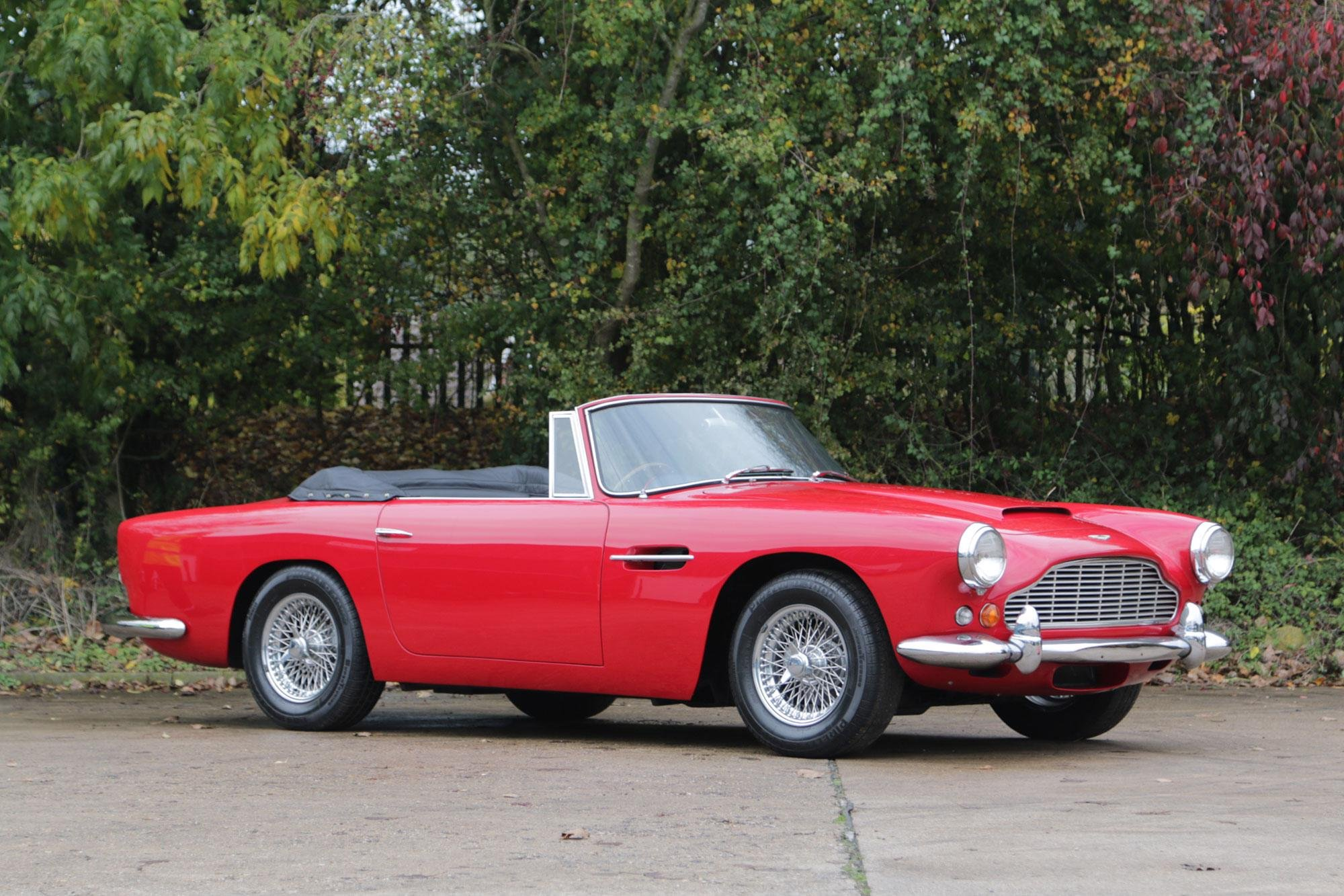 1963 Aston Martin Db4 Convertible Series V Ss 1 Of 14 Right Hand Drive Series V Cars Produced With Ss Engine Oldtimer Zu Verkaufen