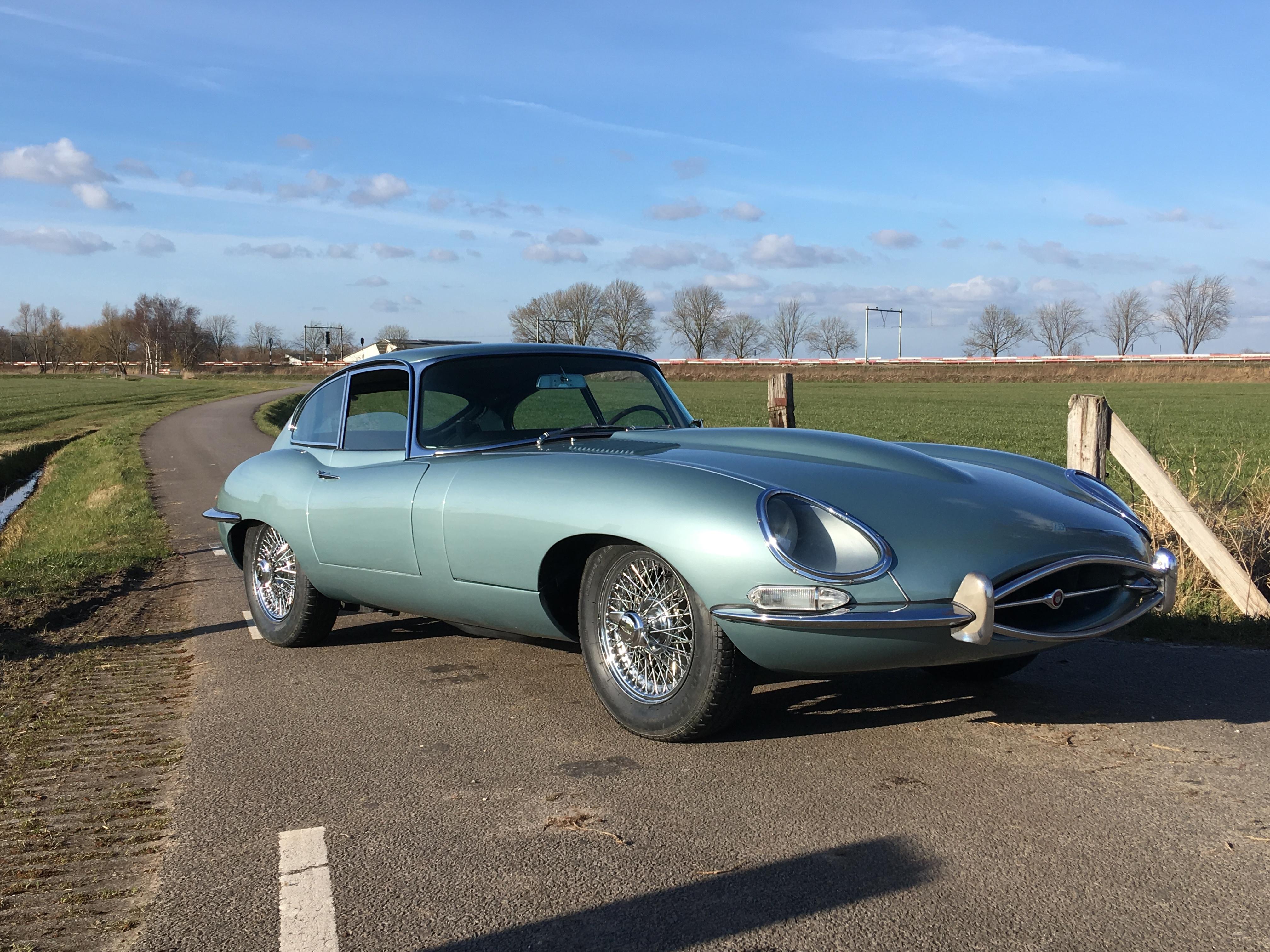 replica sale ss car classic for youtube auction jaguar watch