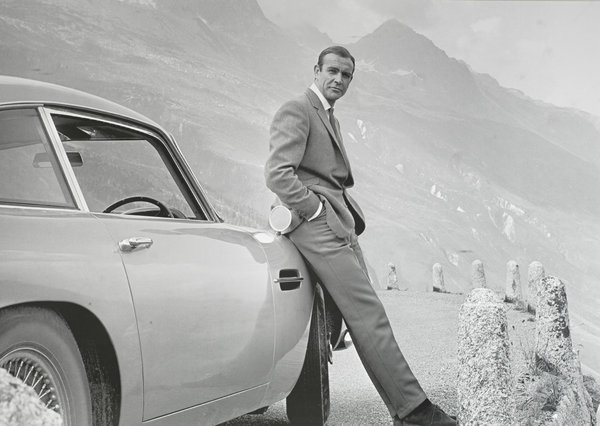 A Photo Print Of Sean Connery With The Iconic Aston Martin Db5 Classic Driver Market