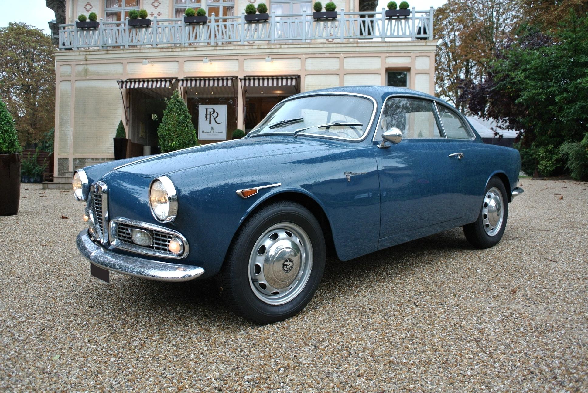 1962 alfa romeo giulietta sprint veloce classic driver market. Black Bedroom Furniture Sets. Home Design Ideas