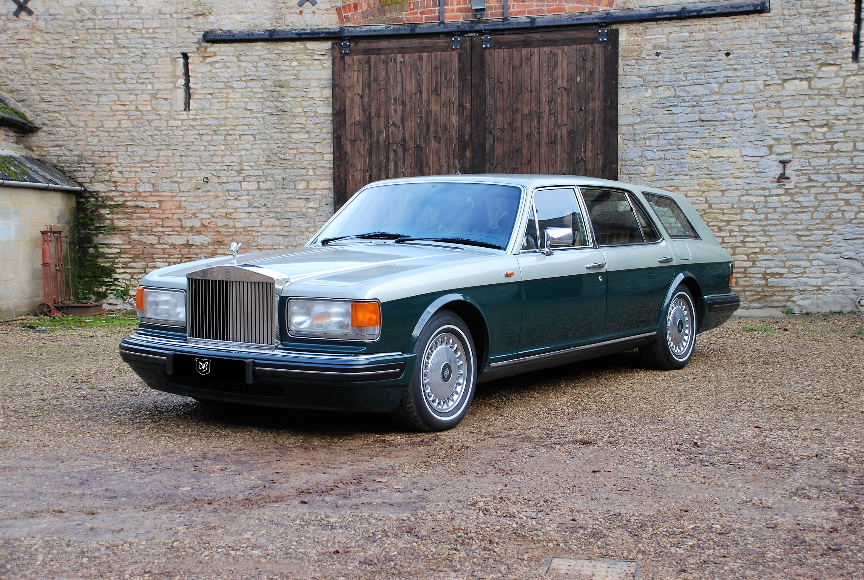 More listings related to rolls royce flying spur