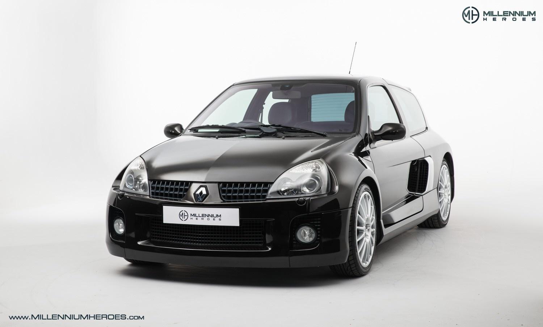 2004 Renault Clio V6 255 Classic Driver Market