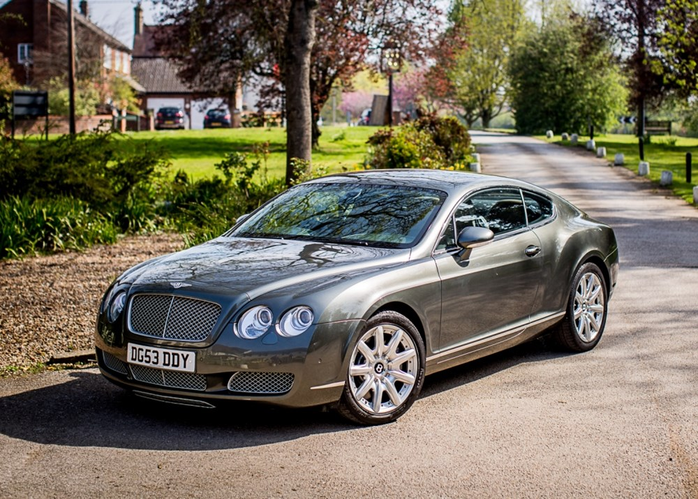 https://www.classicdriver.com/sites/default/files/cars_images/feed_658910/2003-bentley-continental-gt.jpganchorcenterampmodecropampwidth1000