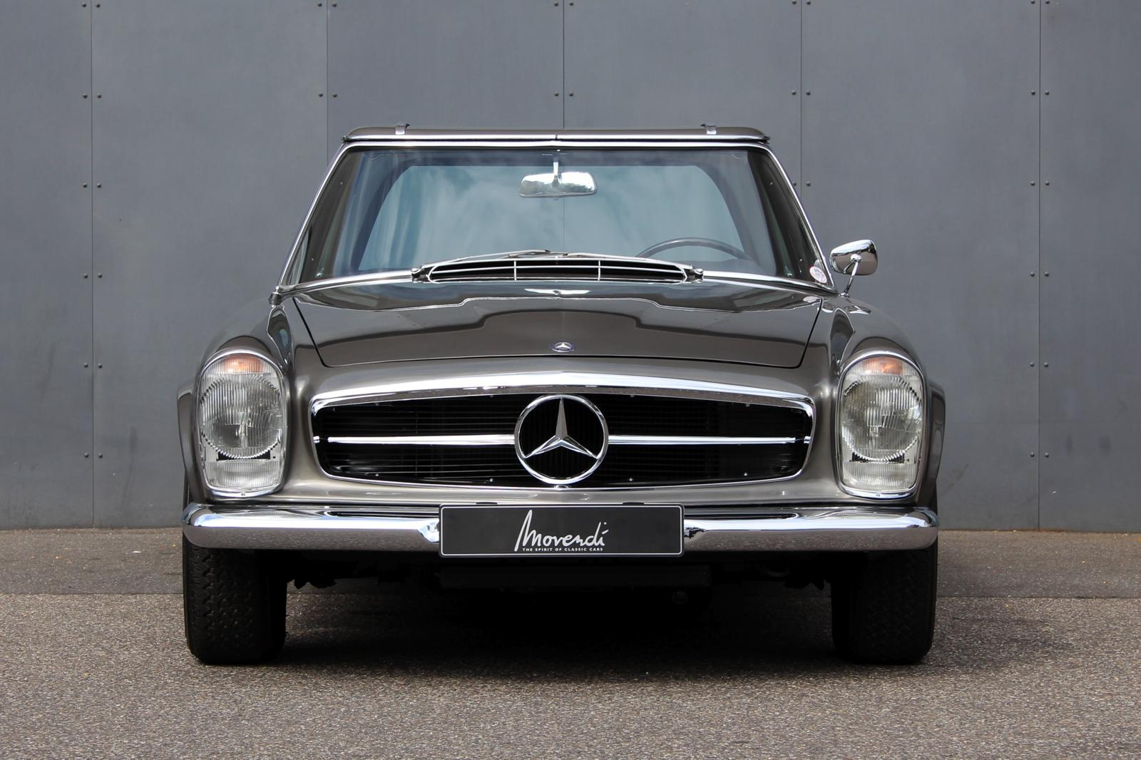 https://www.classicdriver.com/sites/default/files/cars_images/img_1960mercedes_230_sl__1.jpg
