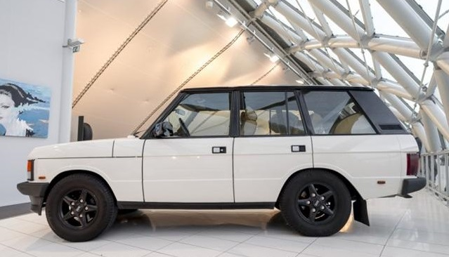 1994 land rover range rover overfinch 5 7 hsi classic. Black Bedroom Furniture Sets. Home Design Ideas
