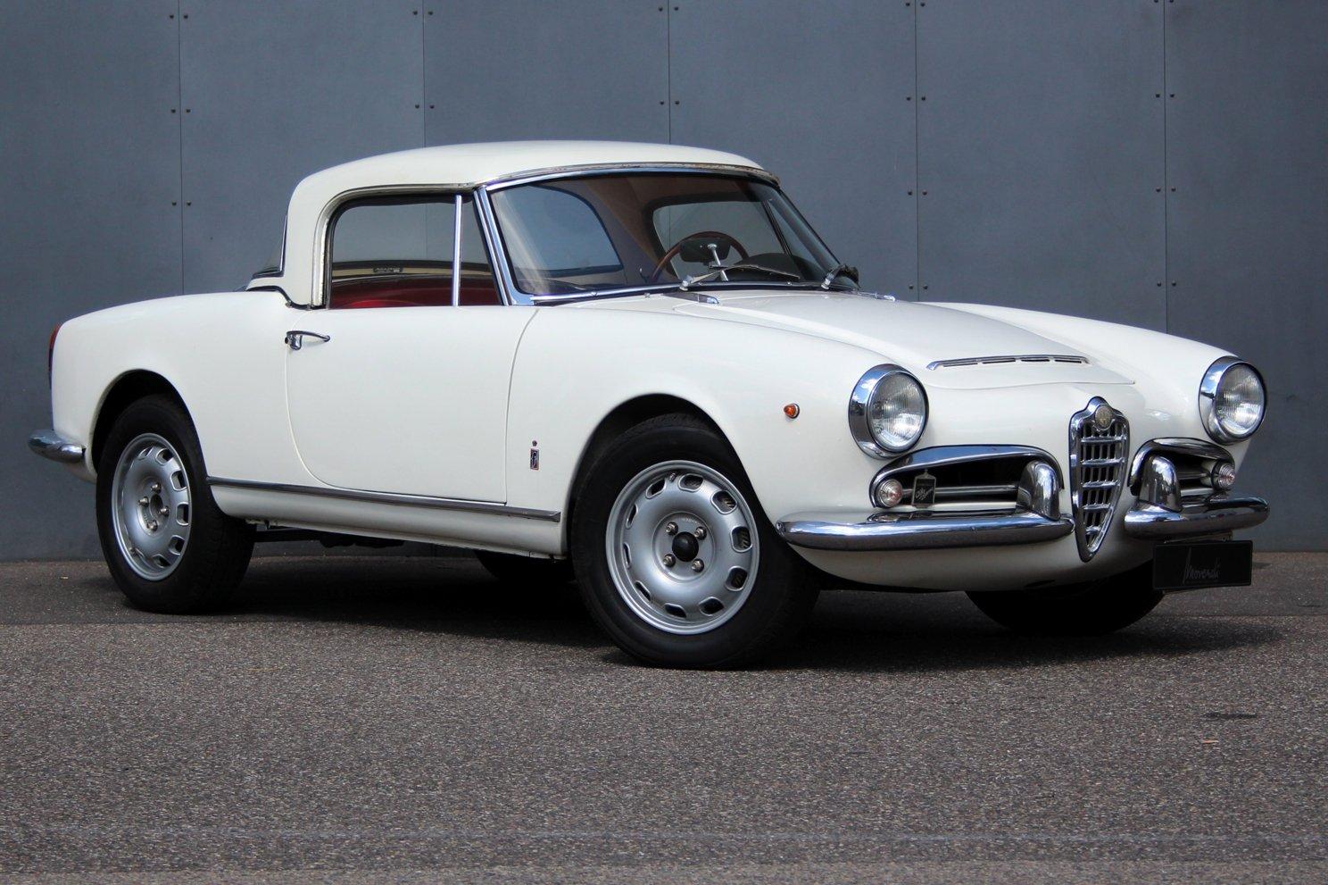1963 Alfa Romeo Giulia Spider Vintage Car For Sale