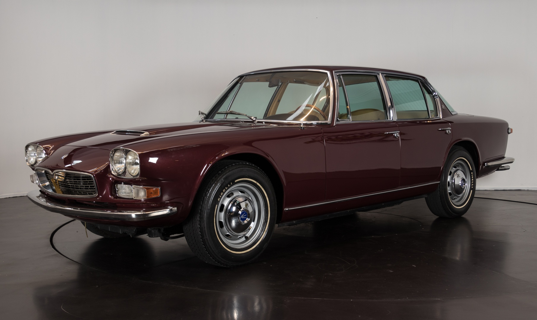 1967 maserati quattroporte i serie classic driver market. Black Bedroom Furniture Sets. Home Design Ideas