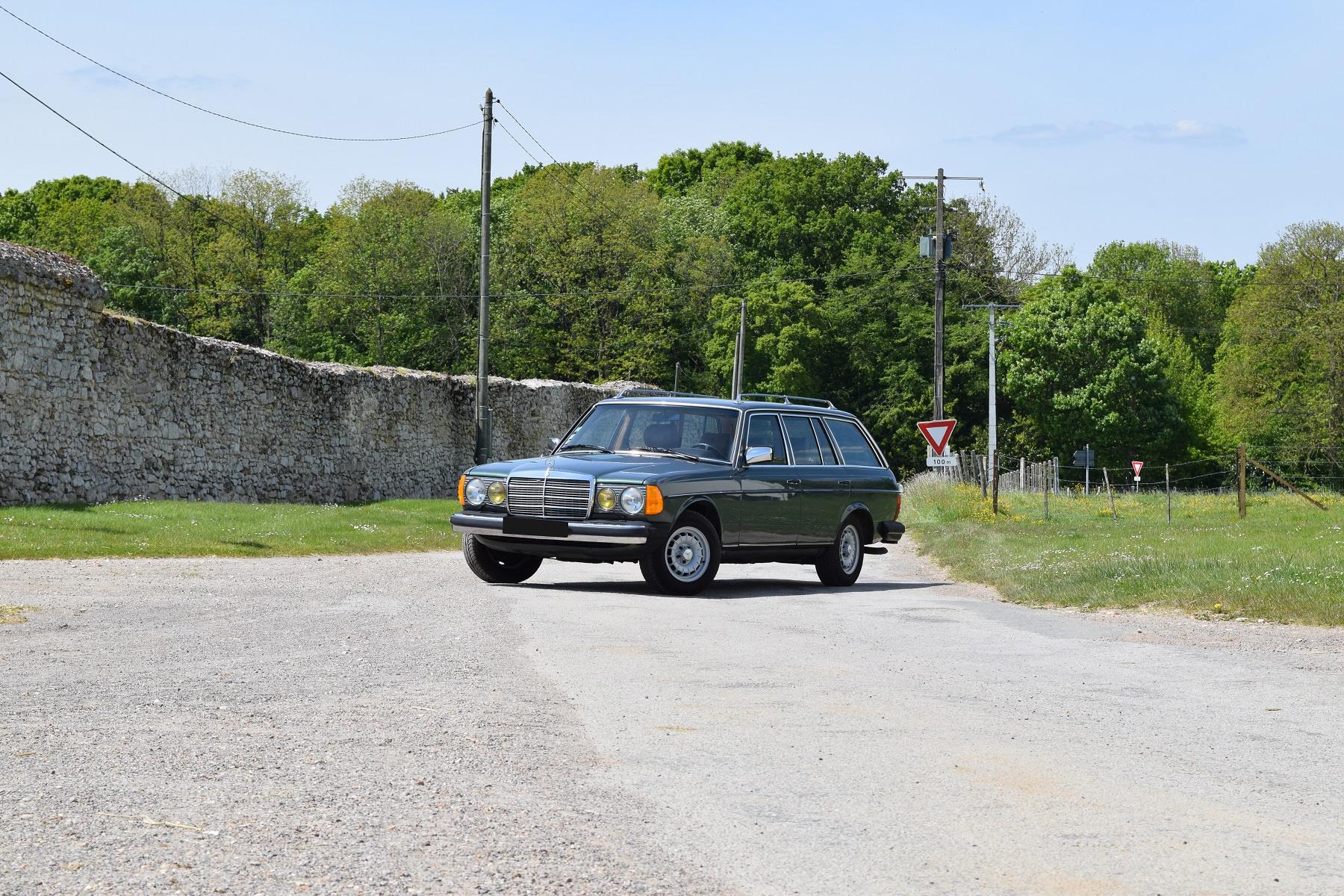 1983 Mercedes-Benz S-Class - W123 280 TE | Classic Driver Market