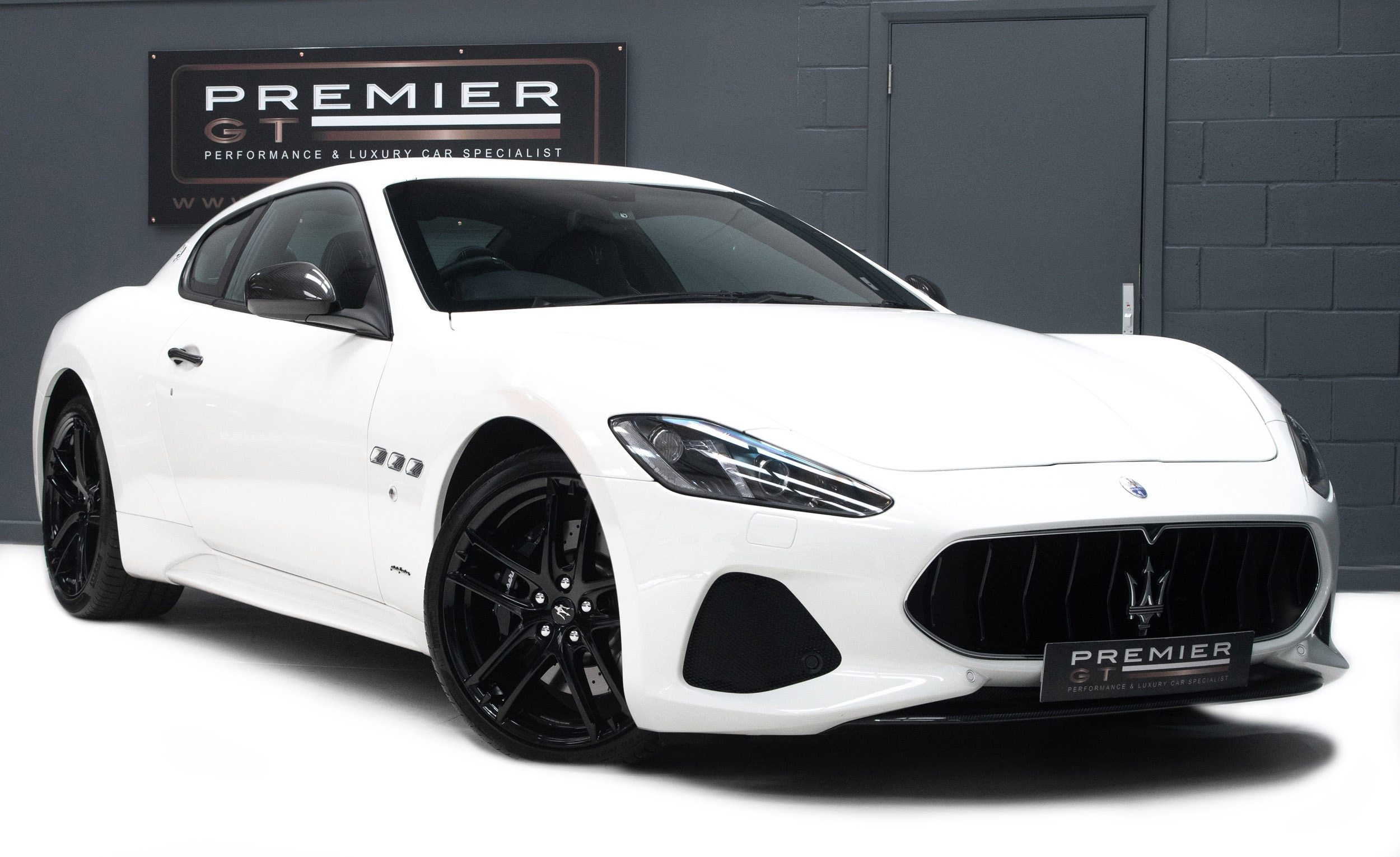 2017 Maserati Granturismo Sport 4 7 V8 Mc Auto Shift Coupe Latest 2018 Facelift Model 668 Miles Carbon Fibre Aerodynamic Pack Sorry Now Sold