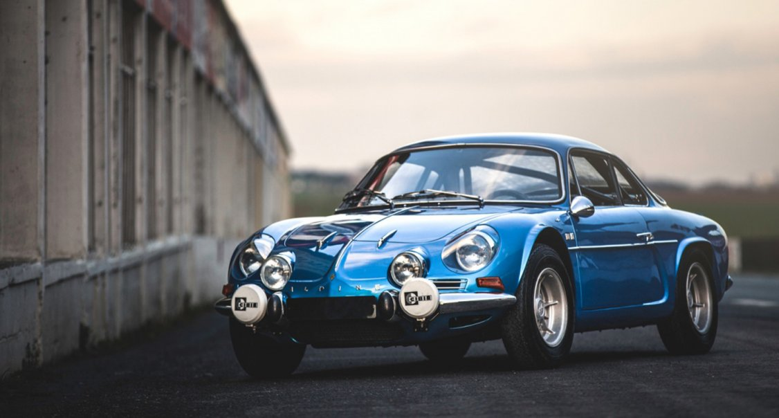 if you can squeeze into an alpine a110 you ll be smitten classic driver magazine. Black Bedroom Furniture Sets. Home Design Ideas