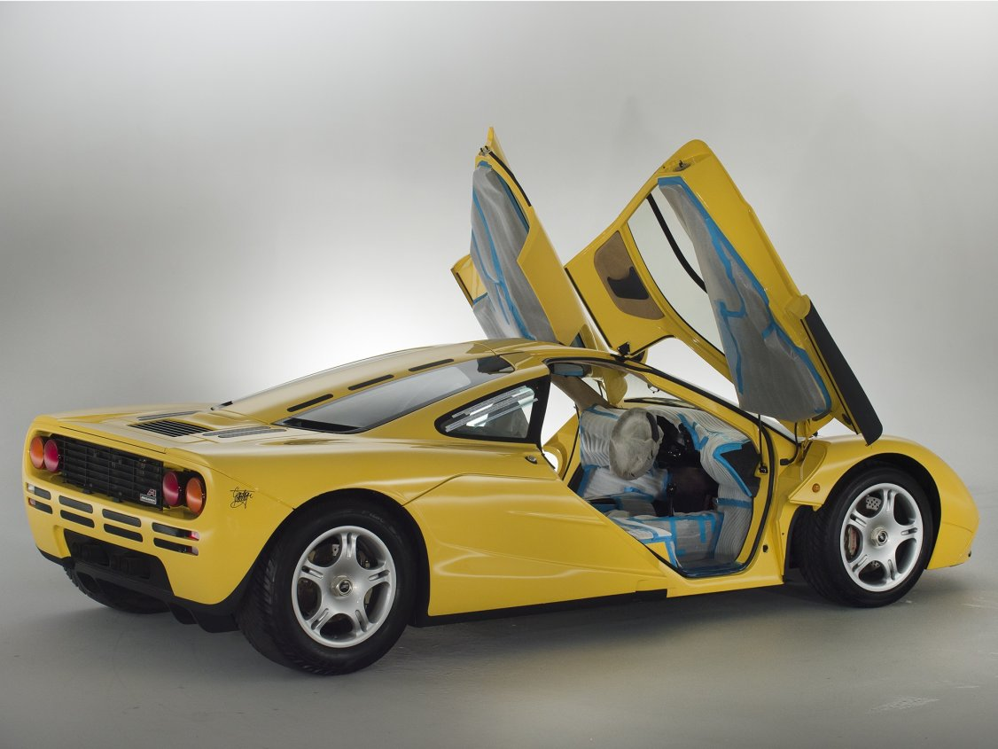 Delivery-mileage McLaren F1 emerges from Japanese time capsule ...