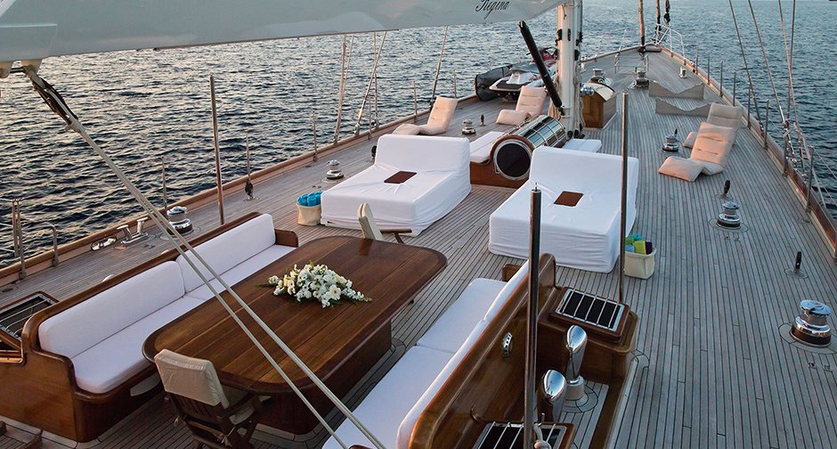 You needn't be an agent of the Crown to set sail on 007's yacht