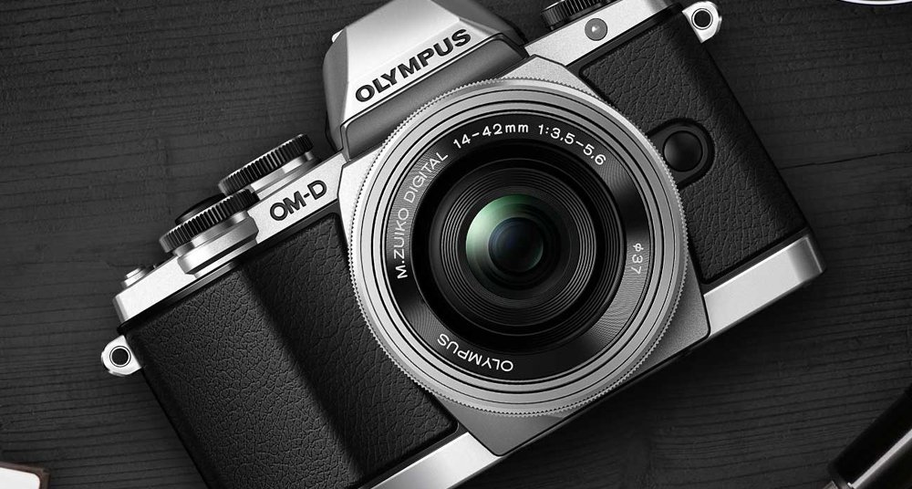 Shooting in style: The best retro-look cameras  Classic Driver ...