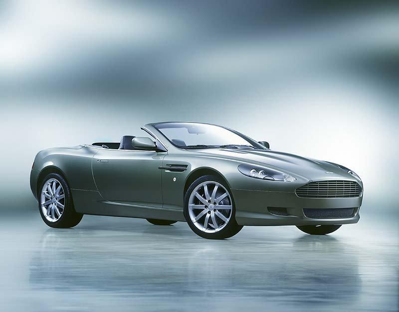 Aston Martin DB9 Volante: Premiere in Detroit 2004