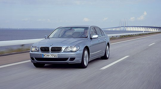 Bmw Hydrogen 7 For Delivery In 2007 Classic Driver Magazine