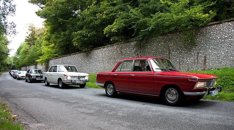 Ein Bayer in England: BMWs Neue Klasse beim Goodwood Revival