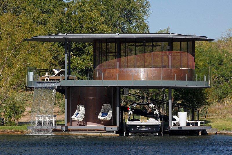 Shore Vista Boat Dock: Floating garage