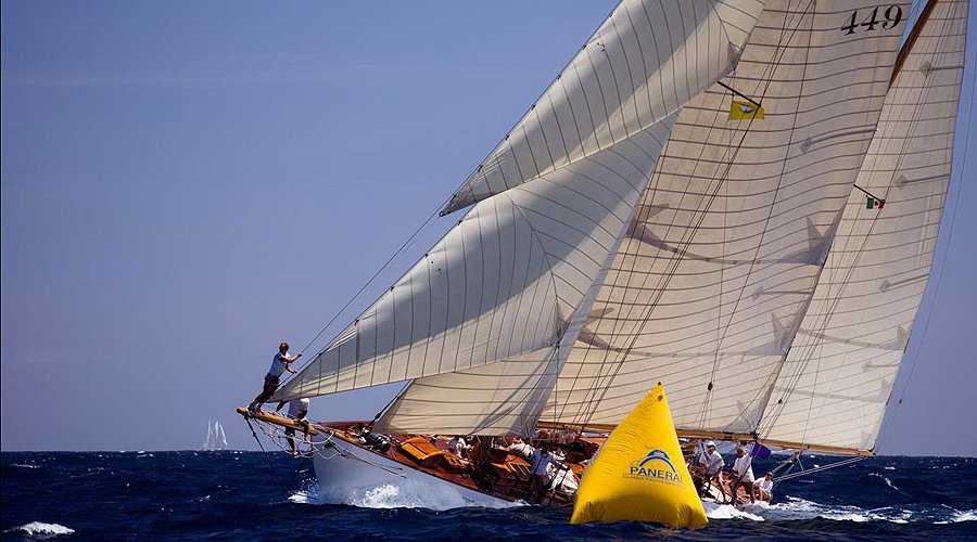 Antigua Classic Yacht Regatta: Segeln im Land über den Winden