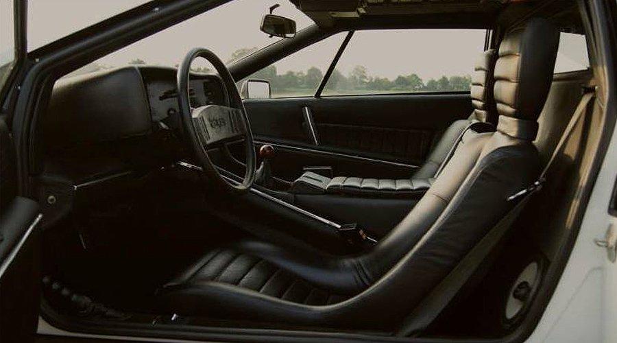 Gut Bernstorf: Vom 007-Lotus bis zur kompletten Pirelli-Kalender-Sammlung