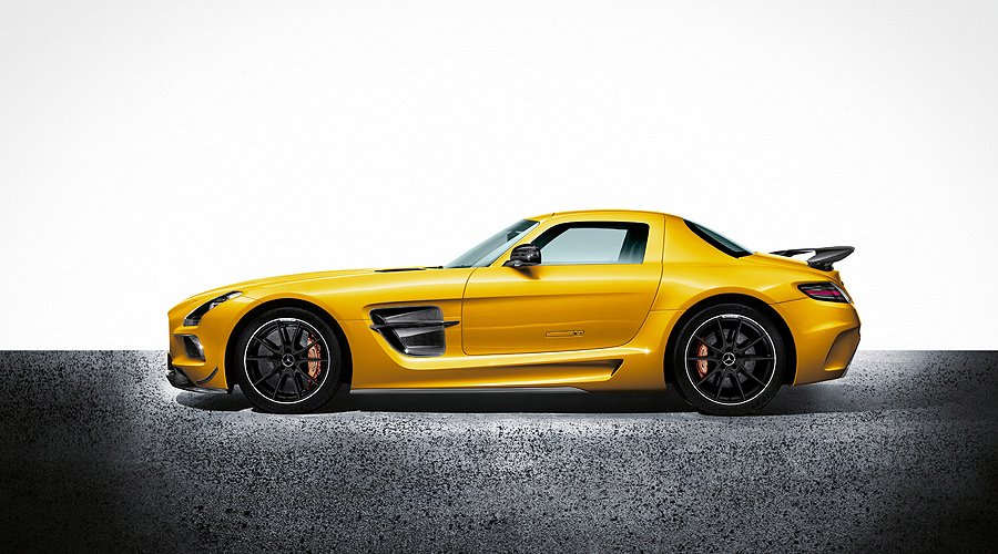 Fifth Dimension: Mercedes-Benz SLS AMG Black Series