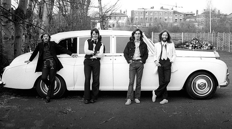 Beatles vs. Stones: The Car Clash!
